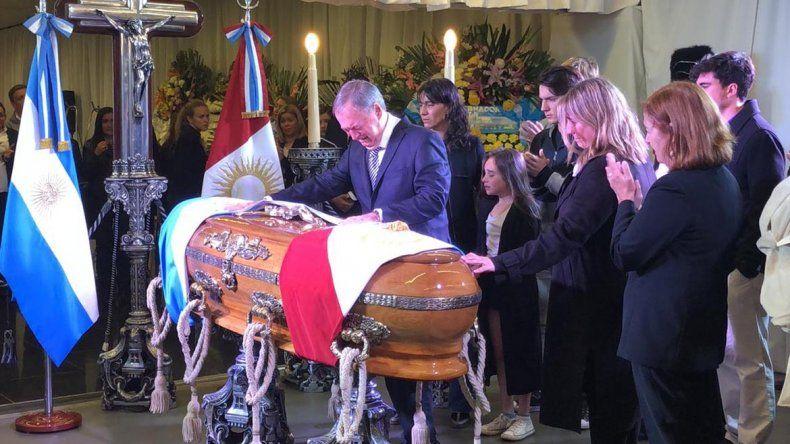 Despiden los restos de De La Sota en la Casa de Gobierno de Córdoba