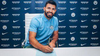 Agüero extendió su contrato en el City hasta 2021