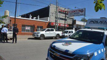 Boqueteros robaron $3 millones de una casa de repuestos en Neuquén