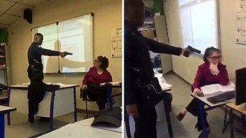 Amenazó con un arma a la docente: quería el presente