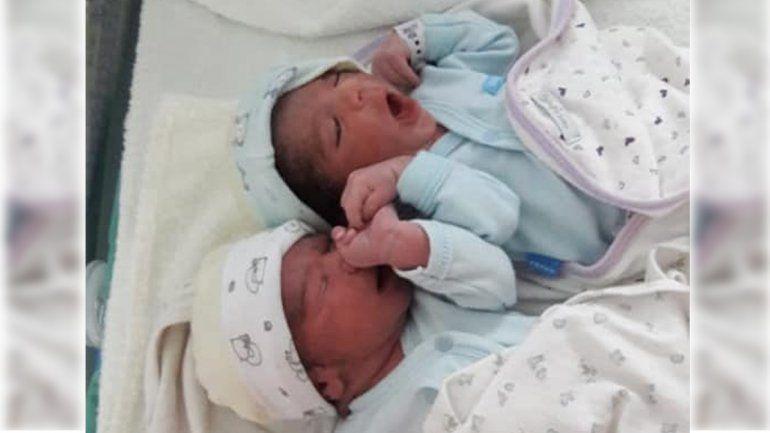 Felipe y Gastón, los primeros gemelos que nacieron en el hospital de Villa La Angostura