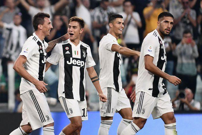 De la mano de Dybala, Juventus venció a Manchester United