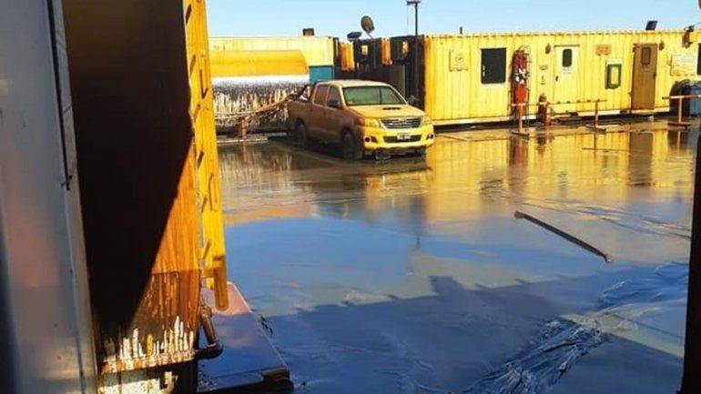 Derrame en Vaca Muerta: ya se recuperó el 60% del hidrocarburo