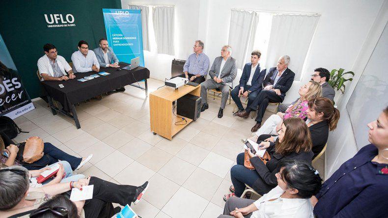 Lanzaron las inscripciones de la Cátedra Herman Schroeder destinada a formar nuevos emprendedores en la región
