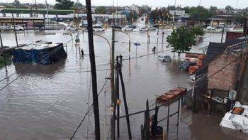 inundaciones: bebe de ocho meses murio ahogado al caer de su cama