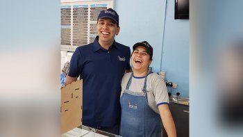 el milagro de lautaro: de pelear por su vida a trabajar en la heladeria