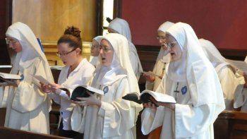 Un grupo de monjas le declaró la guerra al Papa