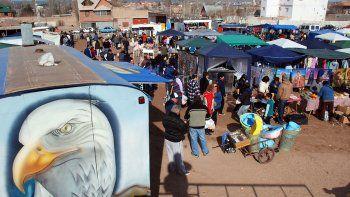 Le fracturó el tórax a cadenazos en la Feria del Trueque en Neuquén