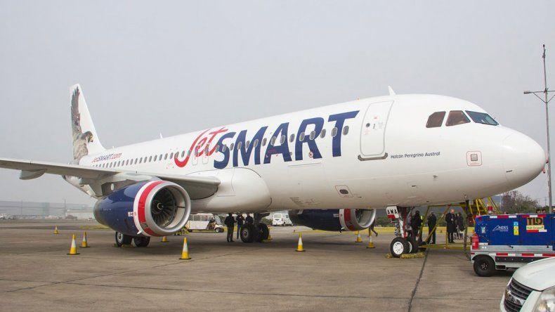 Duró poco: la low cost JetSmart suspendió los vuelos de Neuquén a Córdoba y Mendoza