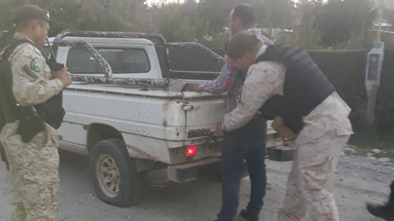 Detienen a un gitano acusado de destrozar una vivienda y robar una camioneta en El Bolsón