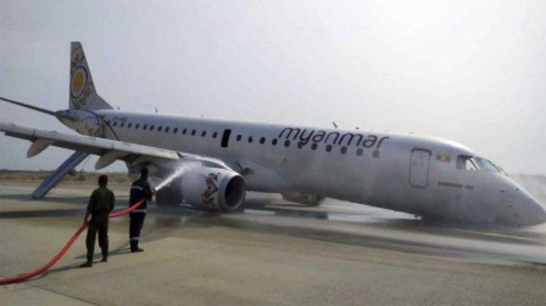 Milagro en el aire: un piloto aterrizó un avión sin ruedas delanteras