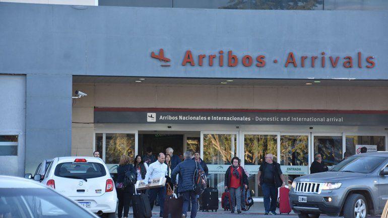Sin solución, los trabajadores del Aeropuerto de Neuquén retoman las asambleas