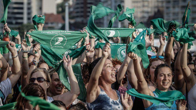 Papelón en el Gobierno: publicaron nuevo protocolo de aborto legal y Macri lo vetó