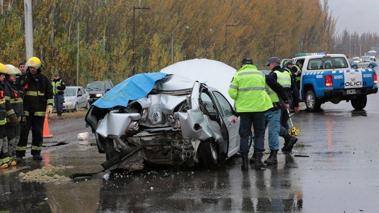 Centenario: un muerto en un accidente en Ruta 7 a la altura del Picadero