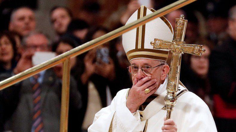 Uno de los colaboradores del Papa dio positivo para COVID-19