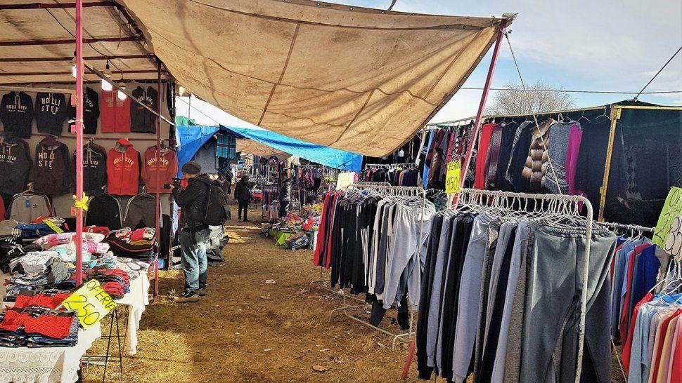 Los comerciantes se plantaron y quieren que prohíban para siempre la feria La Saladita