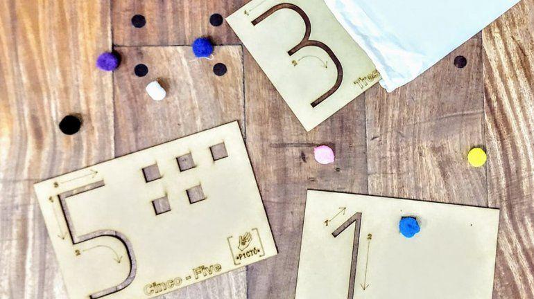 Hermanas neuquinas fabrican juguetes inclusivos para chicos con Autismo y TDAH