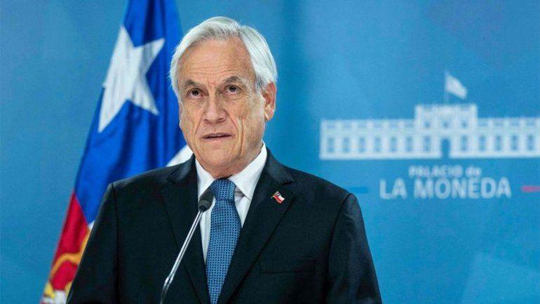 Tras la multitudinaria marcha, Piñera levanta el toque de queda en Santiago