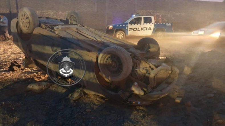 Robó un auto en Allen, volcó en Neuquén y lo atraparon
