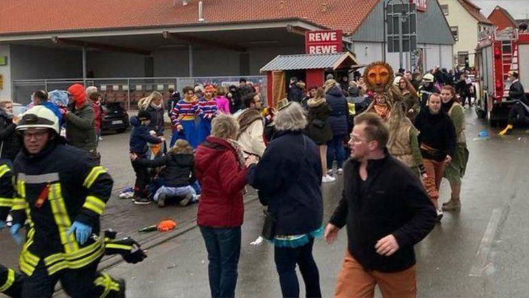 Alemania: embistió a una multitud y dejó un saldo de 15 heridos