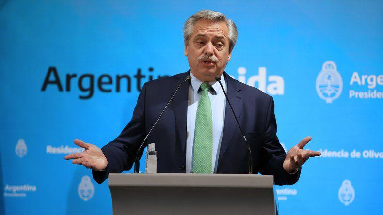 Alberto Fernández dijo que el pico máximo de contagio se espera para mayo y canceló el regreso de argentinos