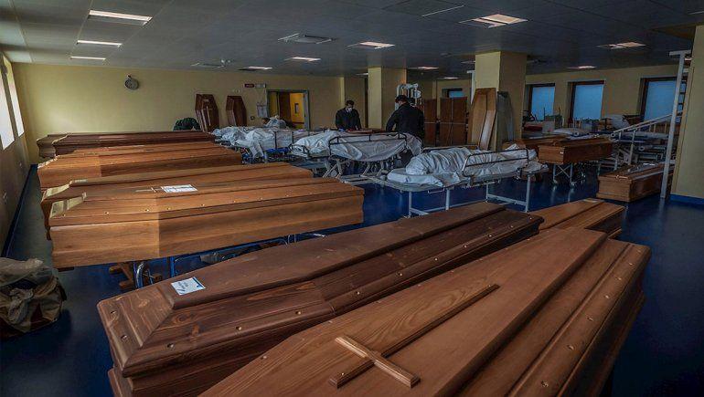 España supera a China en cantidad de muertos por coronavirus y alcanza las 3400 víctimas