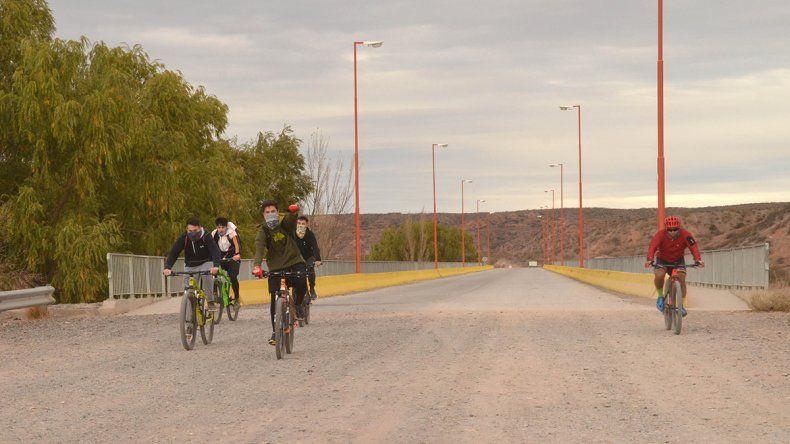 Todos a la Isla Jordán y en bici para hacer actividad física
