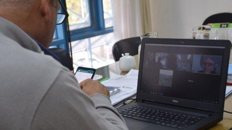 Reunión virtual de ministros de Salud de todo el país