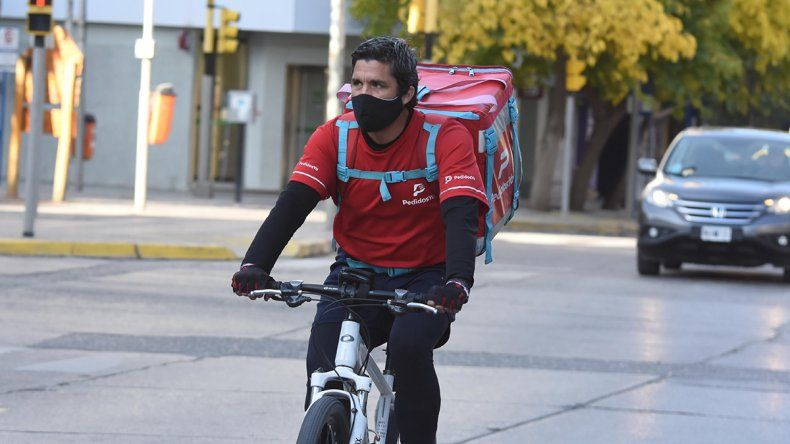 Buscan regular apps de delivery en la Provincia