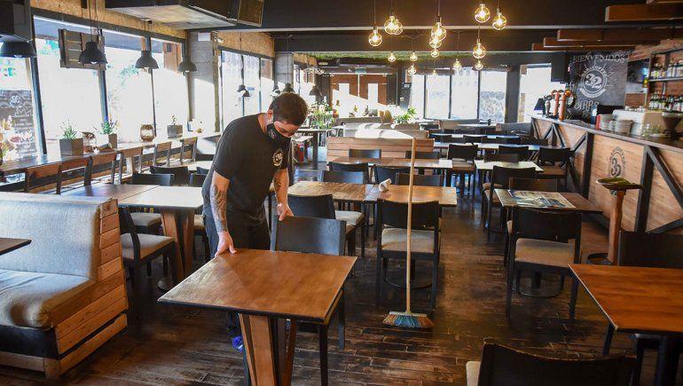 Neuquén: restaurantes y bares se preparan para la reapertura