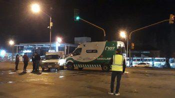 ambulancia con un herido de otro choque, sufrio un grave accidente