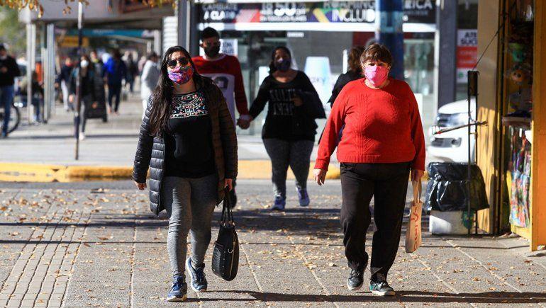 Neuquén ya tiene 82 casos activos más que Río Negro