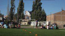 cipolletti: los predios de futbol buscan la forma de reabrir