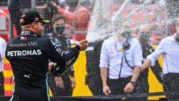 Con el segundo puesto obtenido en el Gran Premio de Estiria, Valtteri Bottas continúa en lo más alto del campeonato.