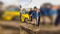 un taxista fue baleado en un confuso episodio en neuquen
