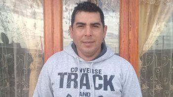 la odisea del rionegrino que no figura en ningun registro de argentina