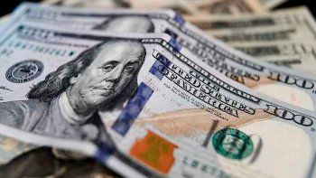 los bancos vuelven a vender dolares con nuevas restricciones