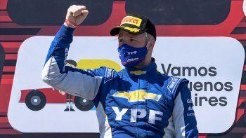 Agustín Canapino y su Chevrolet Cruze se llevaron la primera fecha del Súper TC2000 en el autódromo de Buenos Aires.