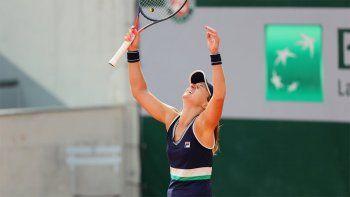 Podoroska, la chica del momento: ganó y hace historia en Roland Garros