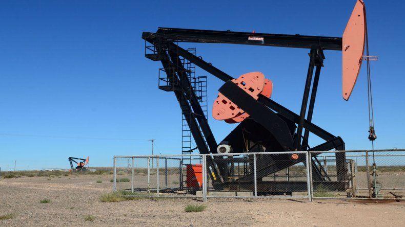 Río Negro firmó un millonario acuerdo petrolero con YPF