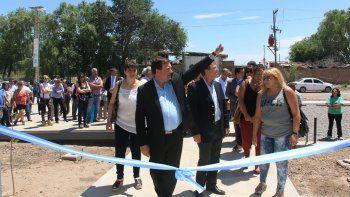 El gobernador Alberto Weretilneck y el intendente Aníbal Tortoriello realizaron el tradicional corte de cintas.