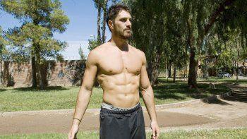 Bruno Sainz Micheli, el cipoleño que triunfa en el programa Combate.