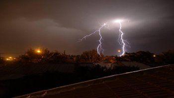 pronostican tormentas, lluvia y granizo para esta noche