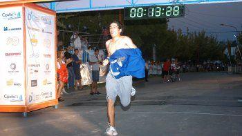 Adrián Soto, bicampeón de la Familiar, prometió que el año que viene corre los 10k.