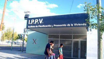 la justicia condeno al ippv y debe entregar materiales y $20 mil