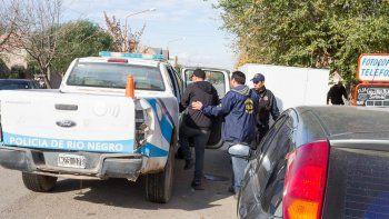 El último miércoles se hicieron 47 allanamientos en el valle, muchos de ellos en Cipolletti, y se detuvo a 11 personas.