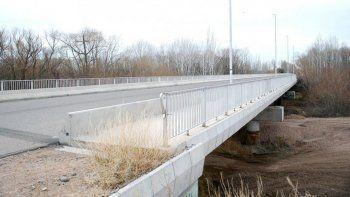 Entre los asuntos con Nación considerados prioritarios por el intendente Tortoriello, figura la terminación y habilitación del tercer puente carretero.