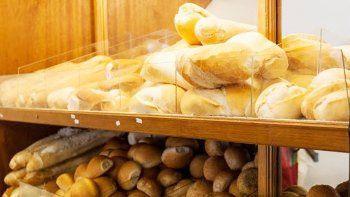 El consumo de pan ha caído en picada. Los panaderos tratan de subsistir.