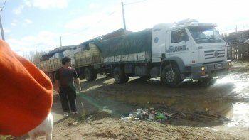 El camión que todos los meses despacha desde Capital Federal la conducción de La Dignidad tendrá que incrementar la carga transportada.