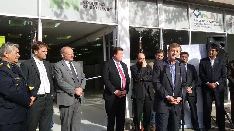 Inauguraron las oficinas provinciales de catastro en la for Oficina de catastro